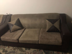 SUEDE AND LEATHER LIVING ROOM COUCH SET