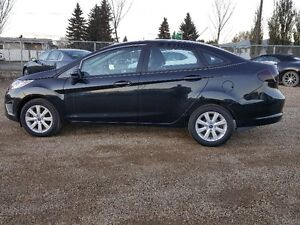 2012 Ford Fiesta Sedan ONLY 29KM