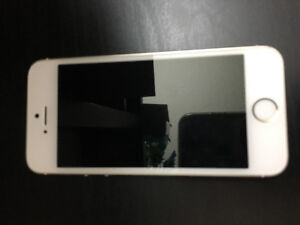 IPhone 5S 16GB - Unlocked in Gold