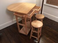 Portable kitchen bar with stools
