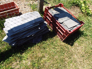 400 pieces + approx. 200lb of clay roof tile pieces