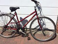 Ladies hybrid/town bike