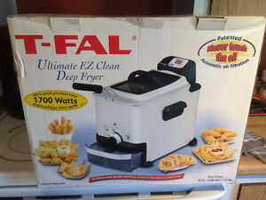 Friteuse Neuve T-Fal Ultimate Eazy Clean Deep Fryer NEW