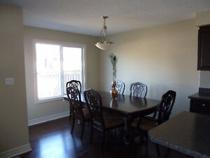 Beautiful Duplex for Rent in Terwillegar - FREE DECEMBER