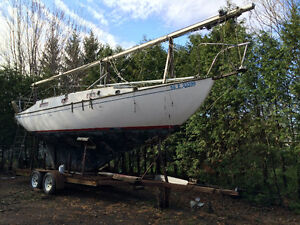 1965 31 foot Grampian sailboat with cutter rigging