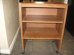 Small table for sale Cambridge Kitchener Area image 2