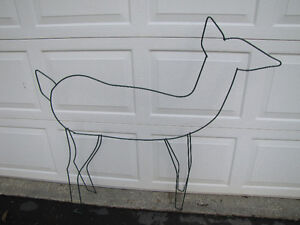 Christmas decoration- wire Deer, tree + candy canes Comox / Courtenay / Cumberland Comox Valley Area image 2
