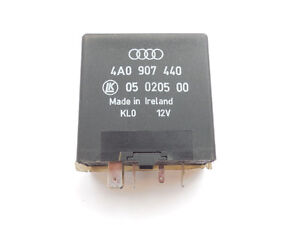 Audi A6 VW Beetle 1998-2003 Accessory Power Mirror Relay 4A09074