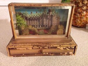 Vintage Mid-Century Wooden Postcard Shadow Box With 1 Postcard