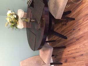 "48"" expresso color table 3 upholstered chairs"