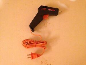FS: Black & Decker Hot Glue Gun