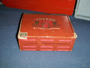 VINTAGE TUEROS EMPTY CIGAR BOX-CUBA-SIMON CIGAR CO.