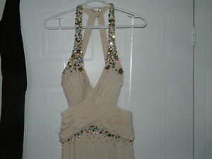 DRESS FOR WEDDINGS/PROMS/NEW WITH TAGS