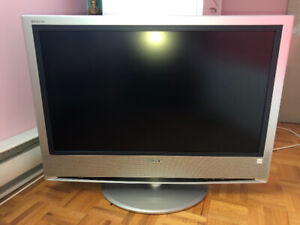 Sony Bravia TV for sell