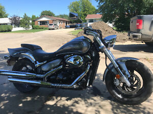 Mint only 1,900 km. Suzuki Boulevard 800 Beautiful Bike!