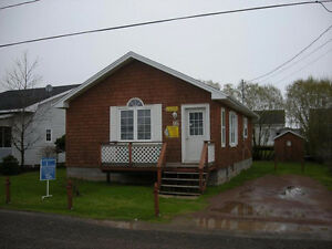 Modern furnished 2 bdrm cottage available in Shediac Oct 1