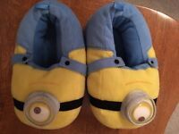 Minions slippers - child size 10/11