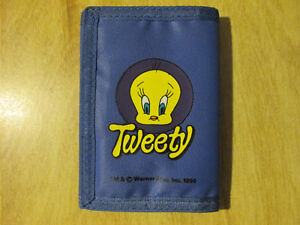 LOONEY TUNES Cartoon TWEETY BIRD Wallet Vintage Warner 1990 Toy