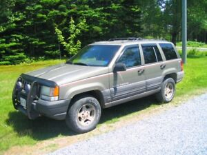 1997 Jeep Grand Cherokee - for parts
