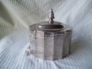 Silver Plated - Jewelry Box with Lid