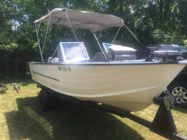 1974 Alumacraft Boat Co Starcraft