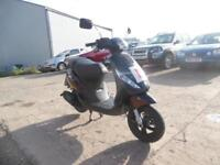 PIAGGIO ZIP 2T 49CC SCOOTER 12 MONTHS MOT ONE OWNER LOW MILEAGE