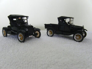 (31) 2 PC 1925 Model T Car and Truck