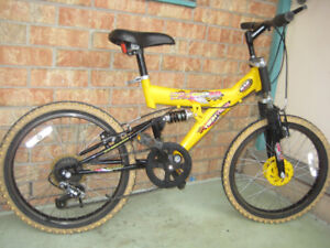 20'' bike tech team dual suspension 7 speed in great condition