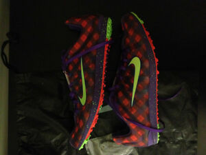 New Nike Zoom Victory XC spikes - Limited ed purple plaid color