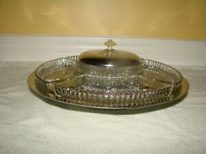 Serving Separator Dish - revolving Metal base platform* Kitchener / Waterloo Kitchener Area image 1