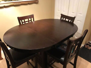 Beautiful, Ebony, Dining table & chairs
