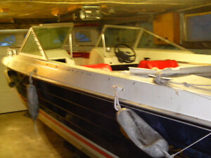 1974 muskie bowrider 17.5 ft with 90 Johnson