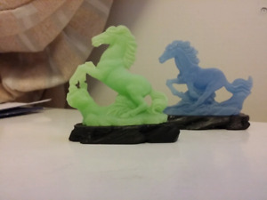 NEW two horse decorations