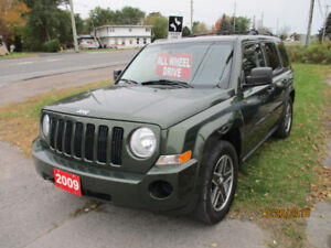 2009 Jeep 4X4  LIKE NEW!!