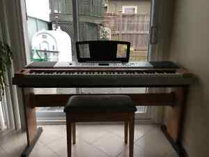 Yamaha DGX-630 Portable Grand