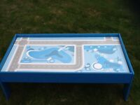 Train or toy car play table