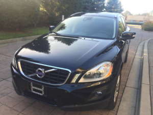 Mint 2010 Volvo XC60 CLEAN LOW KMS!