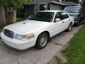 Ford Crown Victoria | Great Deals on New or Used Cars and Trucks