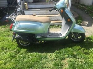 2009 Sym 50cc scooter with only 786km!!!
