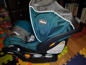 Chicco key fit car seat/ base with uppa baby vista car seat adap