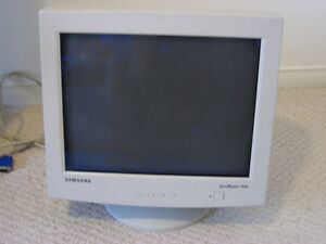"""Samsung Syncmaster 17"""" Monitor, Good 2nd Monitor only $10"""