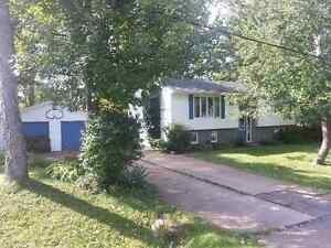 Recently Reduced 4 Bedroom Home  / Falmouth