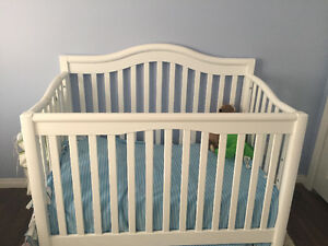 4-in-1 Wooden Crib with mattress