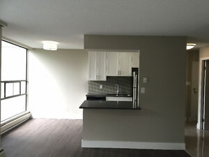 Beautifully renovated 1 & 2 Bd apartments with incredible views North Shore Greater Vancouver Area image 4