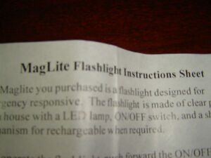 BATTERY LESS FLASHLIGHT BRAND NEW IN THE BOX London Ontario image 4