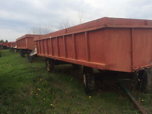 24' dumper and other farm wagons Windsor Region Ontario image 4