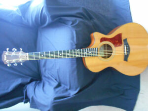 TAYLOR 312 CE ACOUSTIC ELECTRIC GUITAR+ TAYLOR CASE