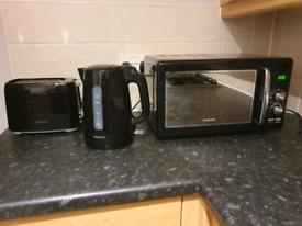 Goodmans set - microwave/kettle/toaster