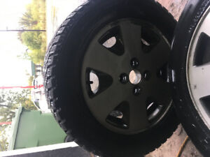 Pneus Hiver avec Mags Honda