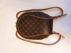 100% Genuine Louis Vuitton Ellipse backpack. AAA condition